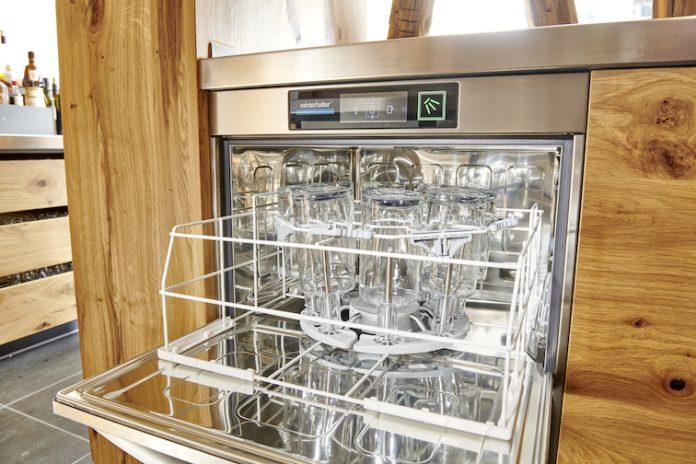 Erneute Auszeichnung für das Flaschenspülsystem von Winterhalter: Catering Star 2020 Bronze