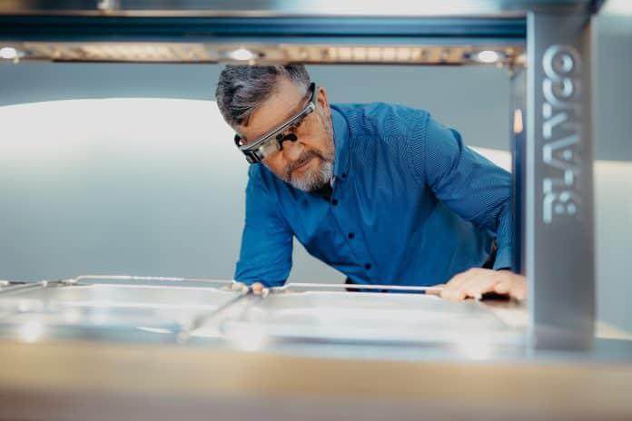 Produkte von BLANCO Professional ganz nah - virtuelle Beratung mit Video-Brille