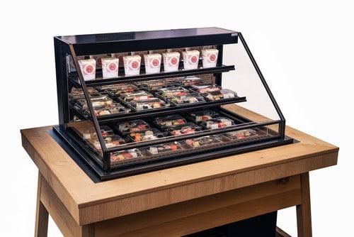 IDEAL AKE: Neue Sushi-Vitrine und Service-Leistungen