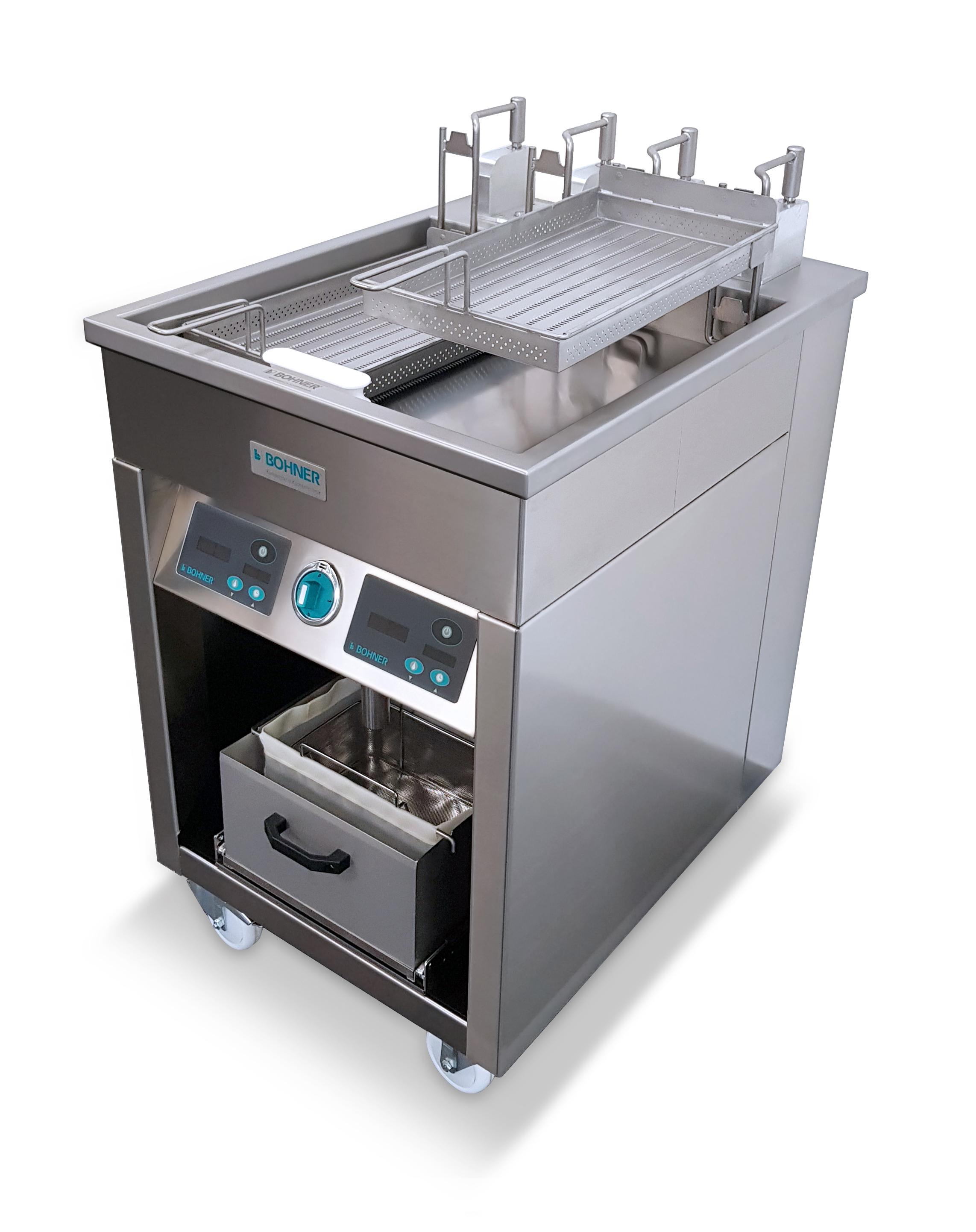 Neuheit 9: Hochleistungs-Schnitzelgrill Digital mit Korbhebeautomatik und Ölpumpsystem (BOHNER)